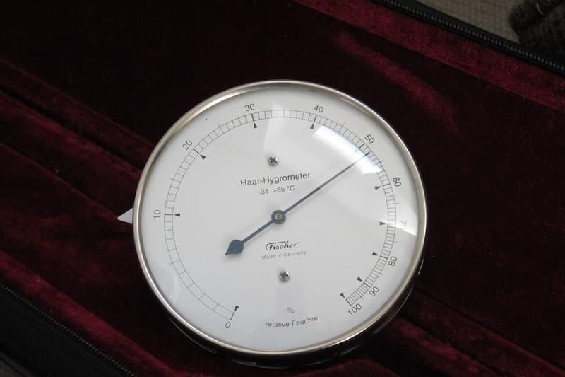 Hoar Hygrometer